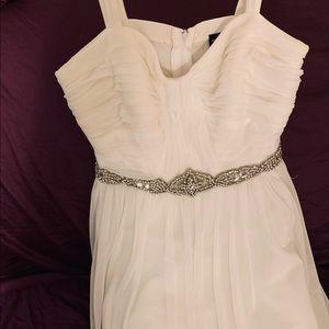 White prom/homecoming dress